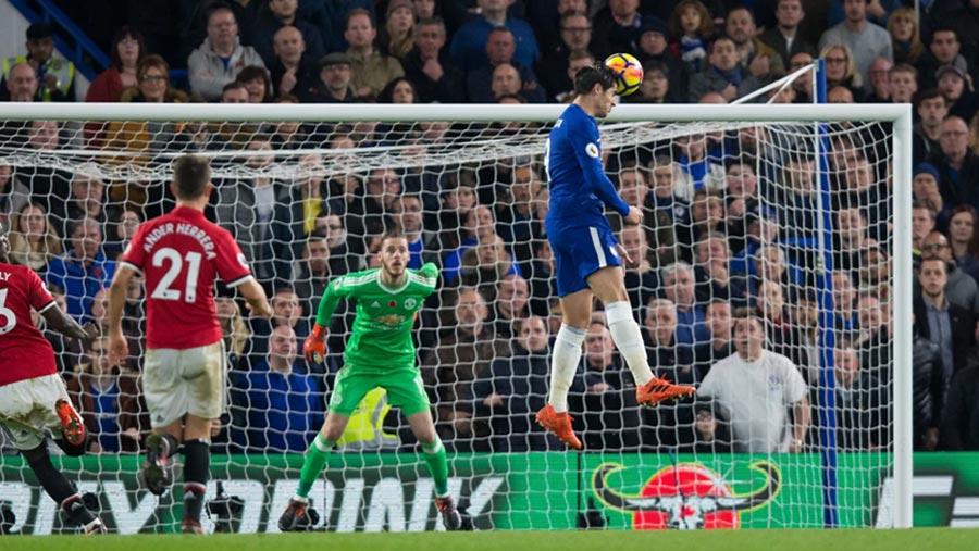 Chelsea beat Man United 1-0