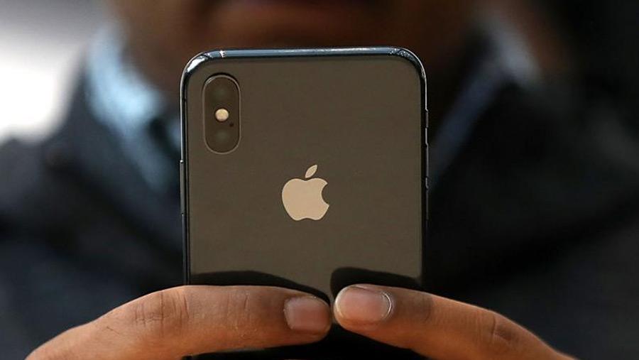 Apple fixes iPhone autocorrect bug