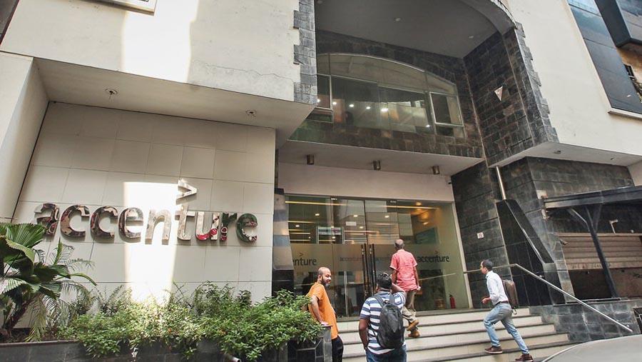 1511415249Bangladeshiinfo_Accenture.jpg