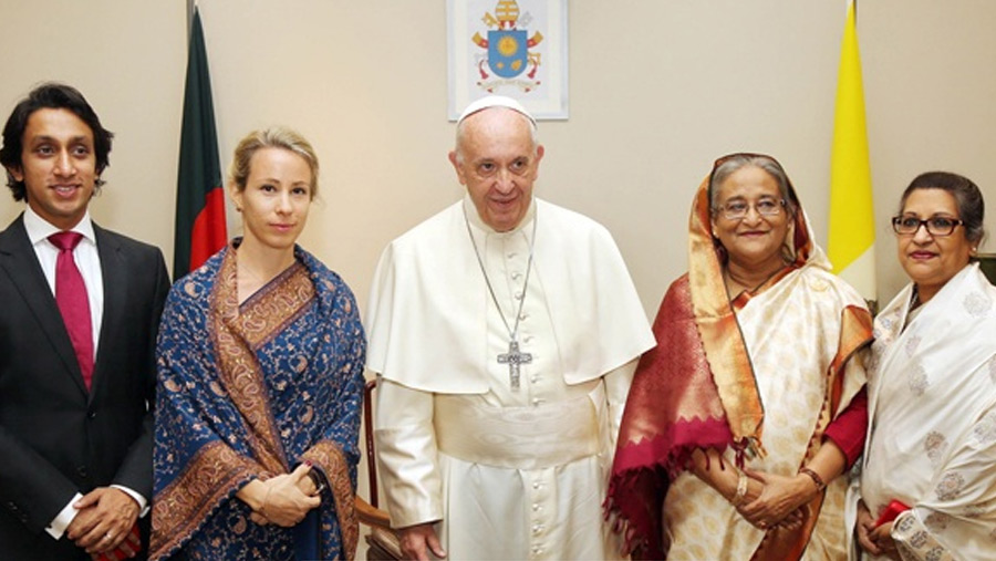 PM meets Pope Francis
