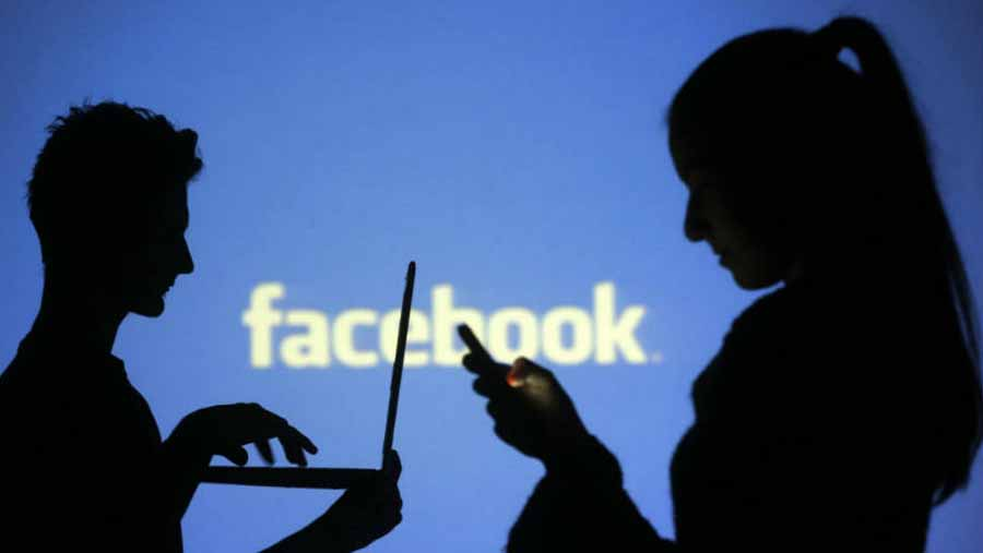 Facebook testing new 'greetings' features