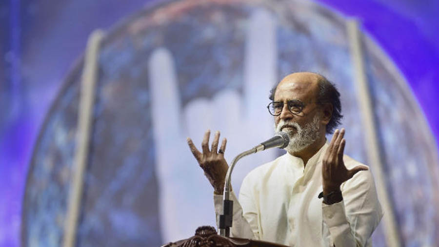 Rajinikanth announces his entry into politics