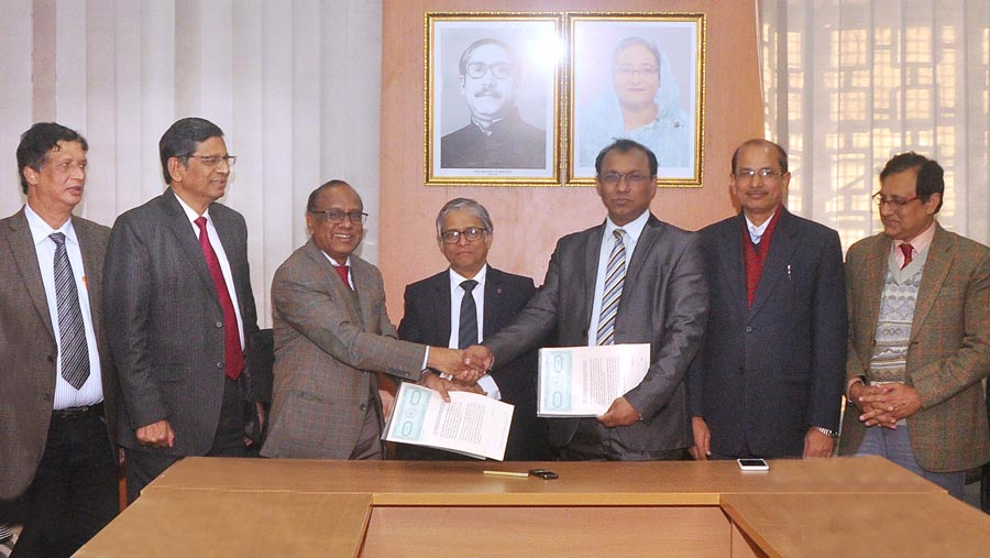 DU signs MoU with BSMMU