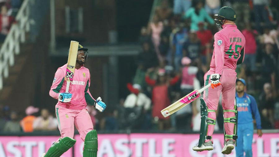 South Africa keep ODI series alive