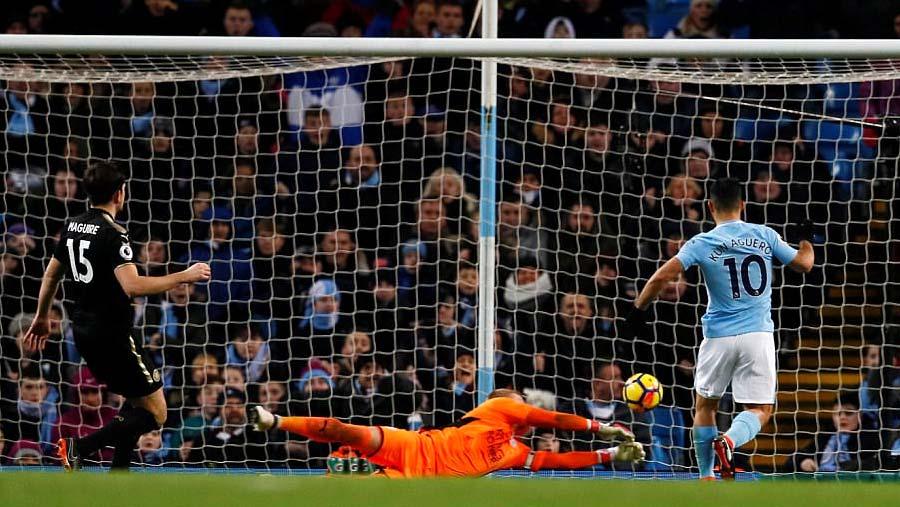 Man City beat Leicester 5-1