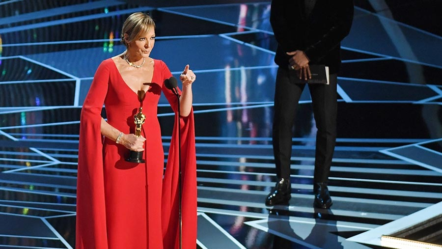 Allison Janney takes Best Supporting Actress