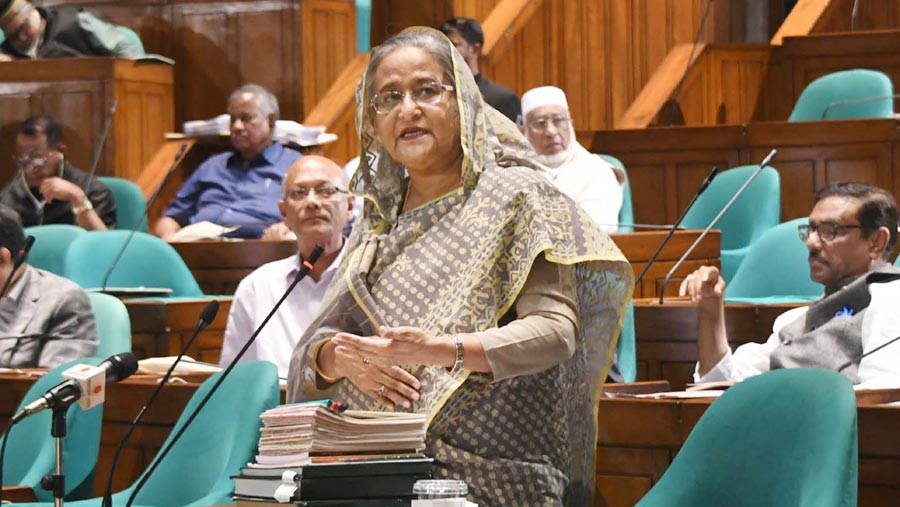 PM announces scrapping of quota system