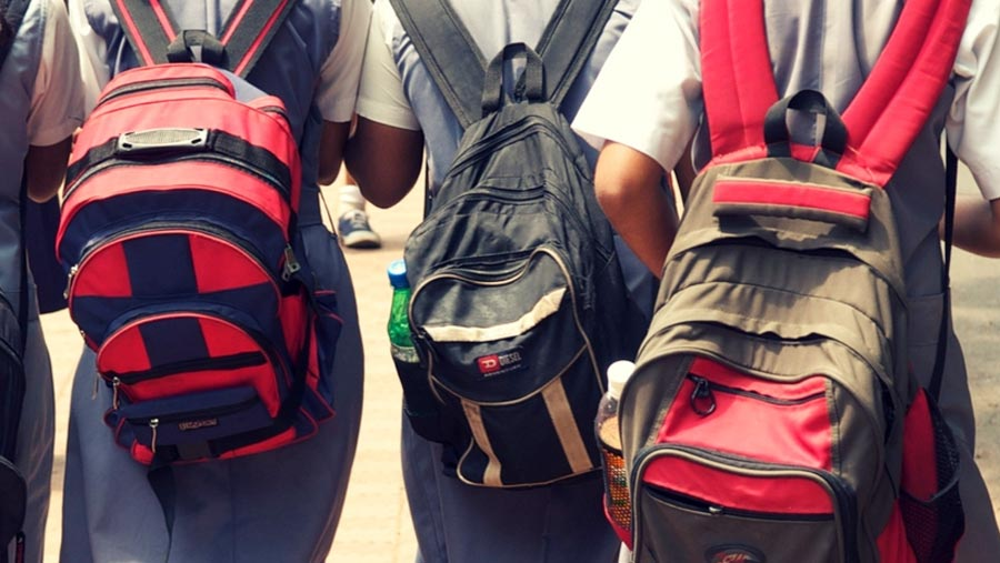 Backpacks not to blame for kids' back pain