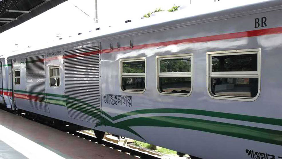 Advance train tickets from Jun 1