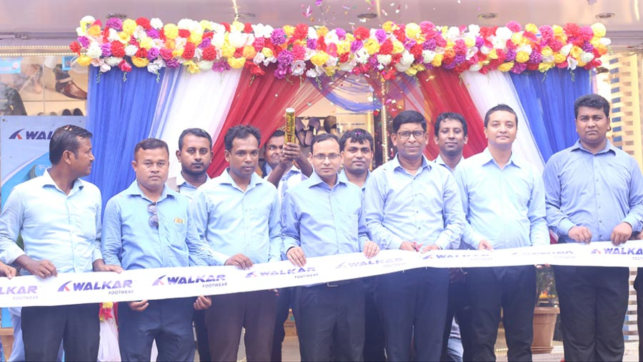 Walkar footwear opens outlet in Chattogram