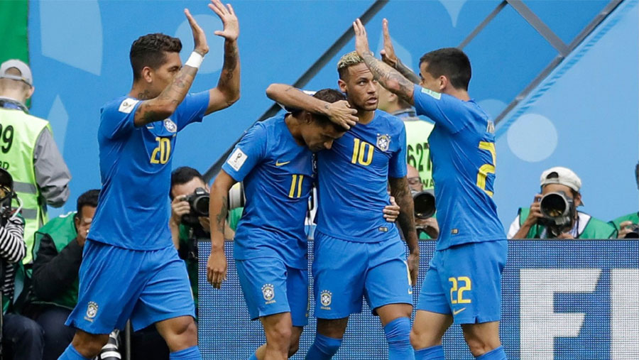 Coutinho and Neymar secure late win for Brazil
