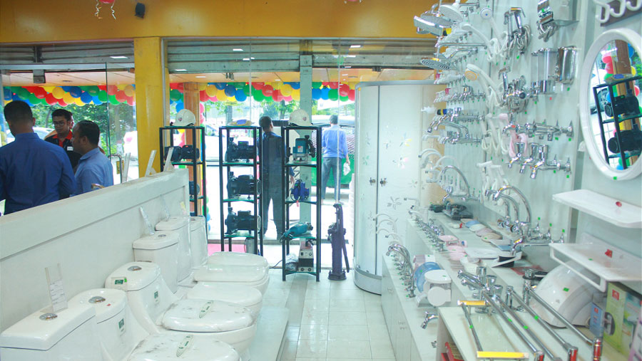 Easy Build opens outlet at Banasree