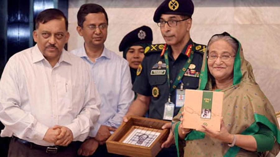 PM unveils book on Bangabandhu's prison life
