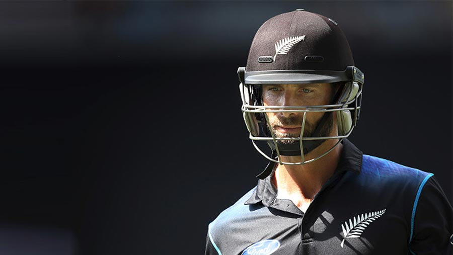 Elliott set to retire from competitive cricket