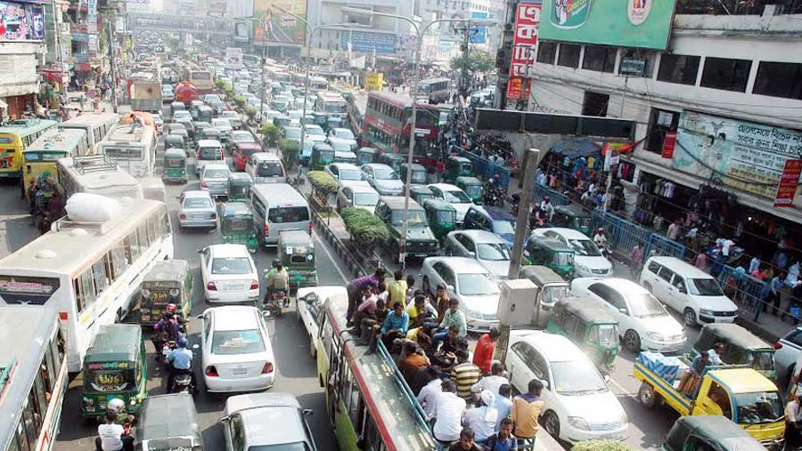 Month-long campaign to discipline Dhaka traffic