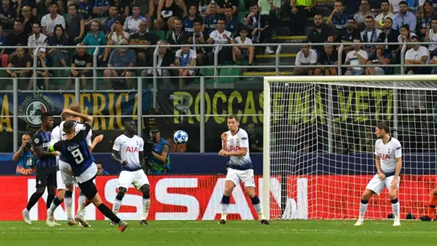 Inter Milan stun Spurs with two late goals