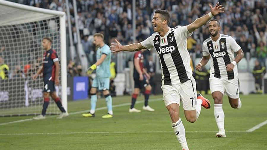 Ronaldo reaches landmark 400 goals
