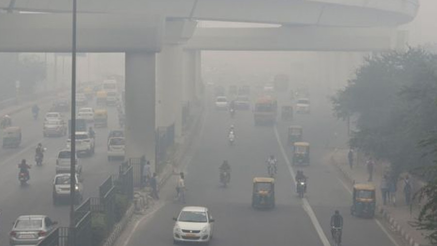 Delhi panic over toxic air ahead of Diwali festival