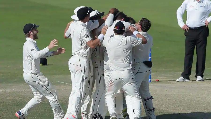 NZ beat Pakistan by 4-run in 1st Test