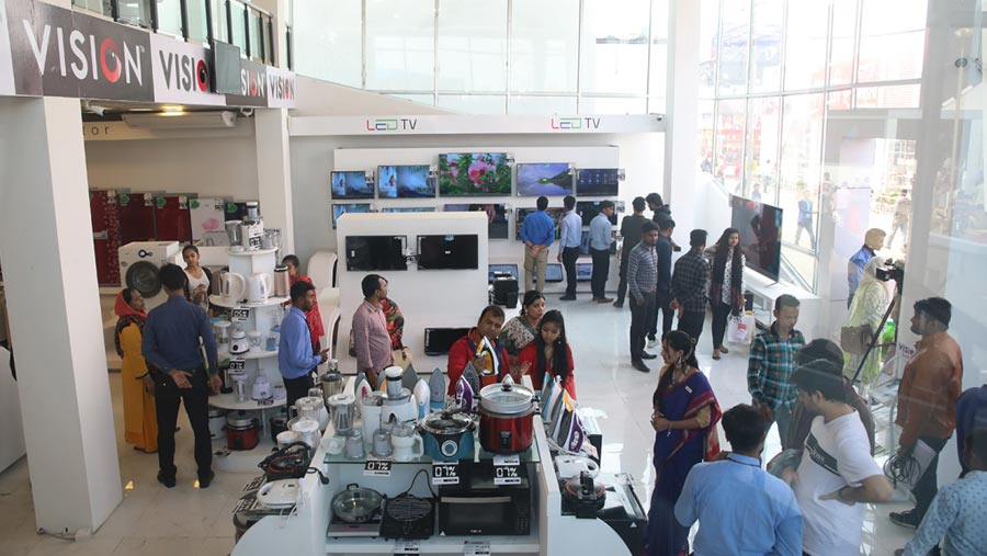 Vision Electronics offers Thailand and Nepal tour at DITF