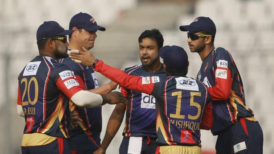 Chittagong beat Khulna in first BPL super over