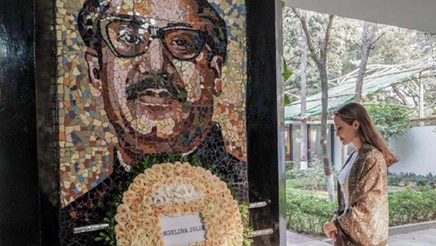 Jolie pays tribute to Bangabandhu