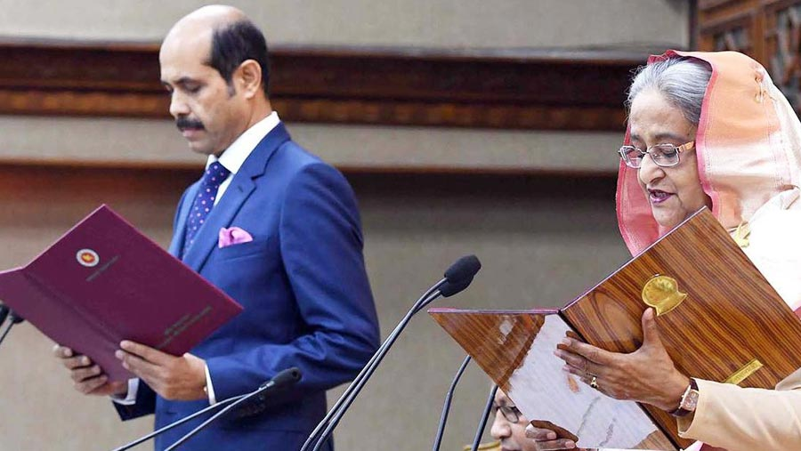 Atiqul Islam takes oath as DNCC mayor