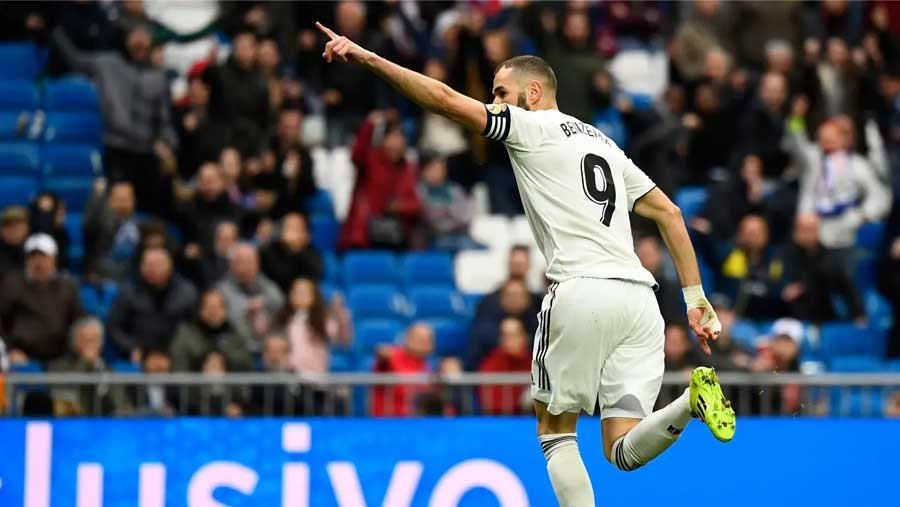 Benzema double gives Real Madrid win