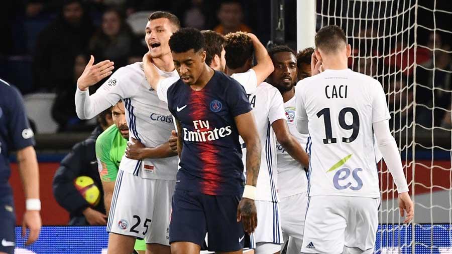 PSG left to wait longer for Ligue 1 title