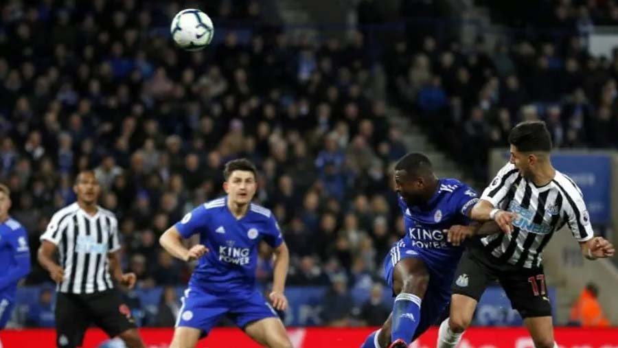 Newcastle beat Leicester, moves closer to EPL survival