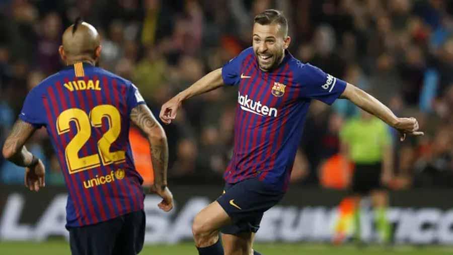 Barca close in on La Liga title