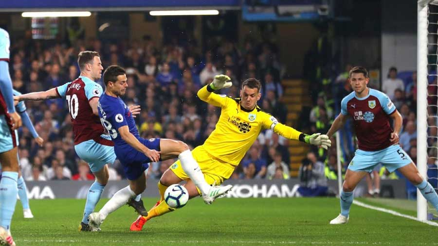 Chelsea move up to fourth after Burnley draw