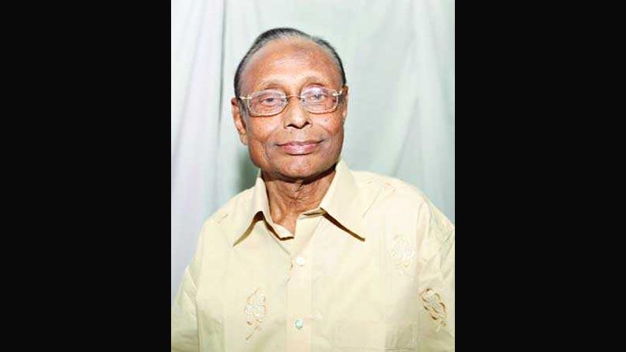 Comedian Anis passes away