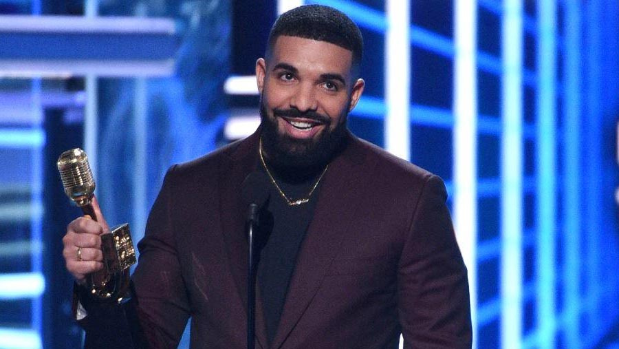 Drake breaks Billboard Music Awards record