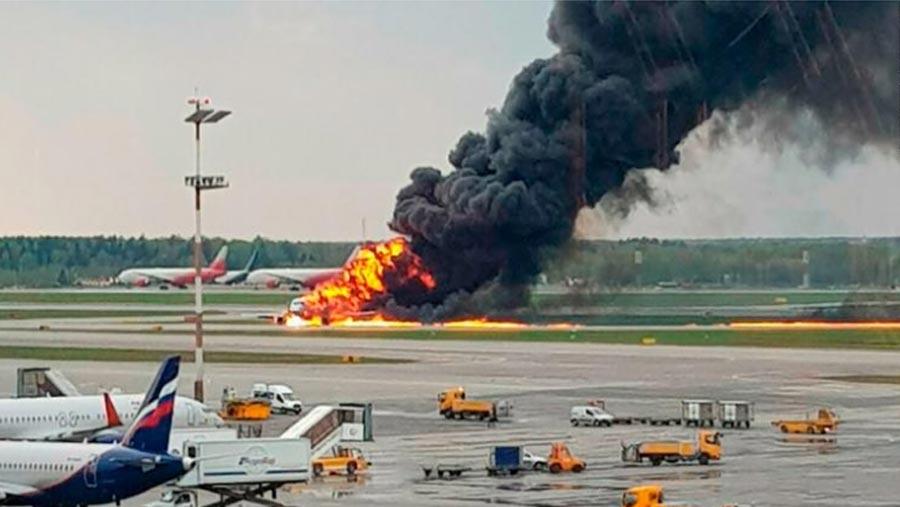 Moscow plane crash kills 41