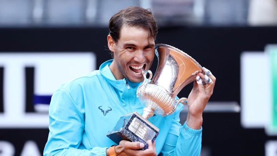 Nadal fends off Djokovic to land ninth Rome title