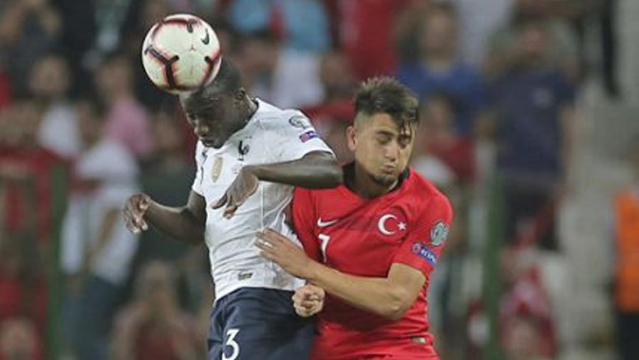Turkey stuns France with 2-0 home win