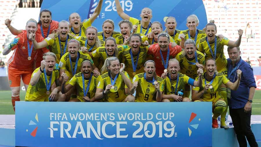 Sweden beat England to finish third