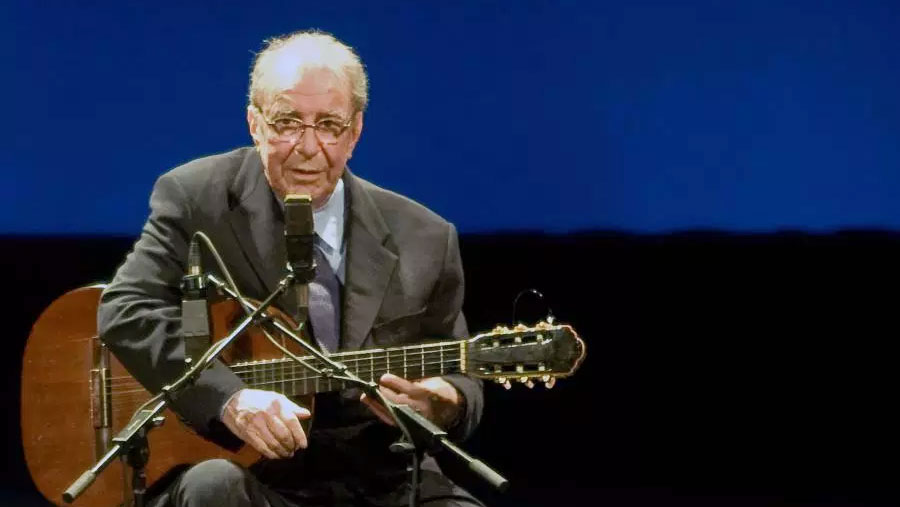 'Father of bossa nova' Joao Gilberto dies aged 88