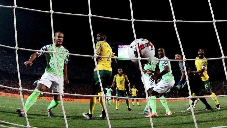Nigeria beat South Africa to reach semis