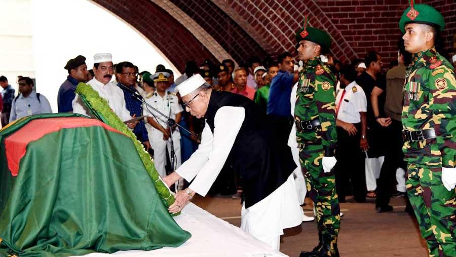 President Hamid attends Janaza of Ershad