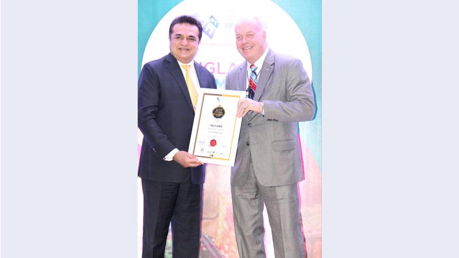 Kelly Lewis won Best General Manager (hospitality) award