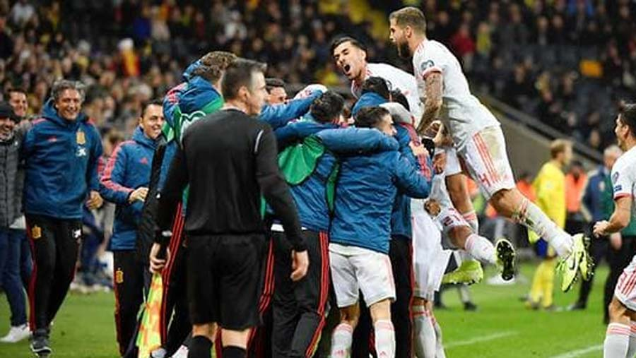 Spain seal Euro qualification with draw in Sweden
