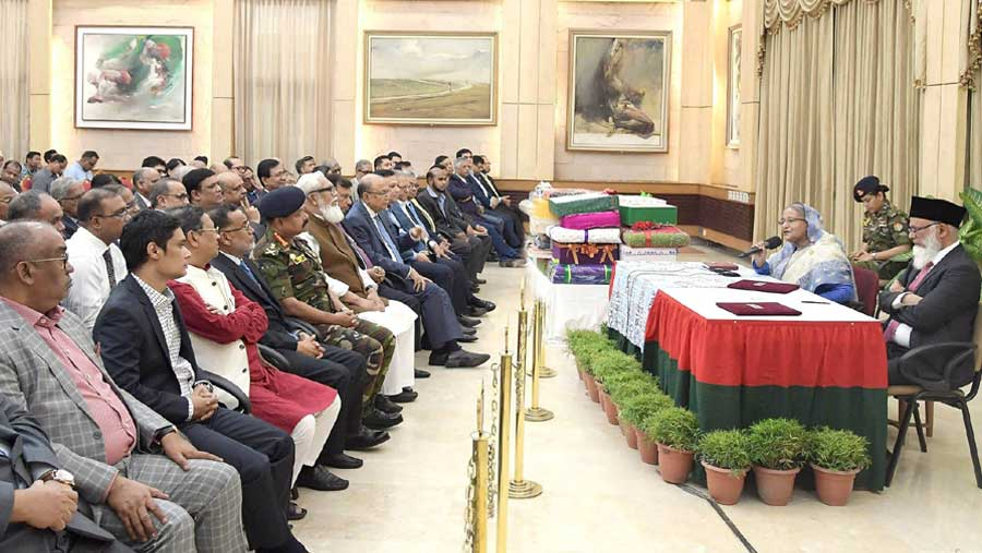Govt creates scope of using banks by people: PM