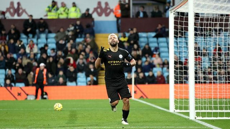 Aguero hits hat-trick as Man City thrash Villa