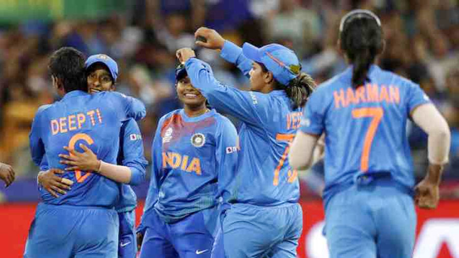 India secures semifinal spot at Women's T20 WC