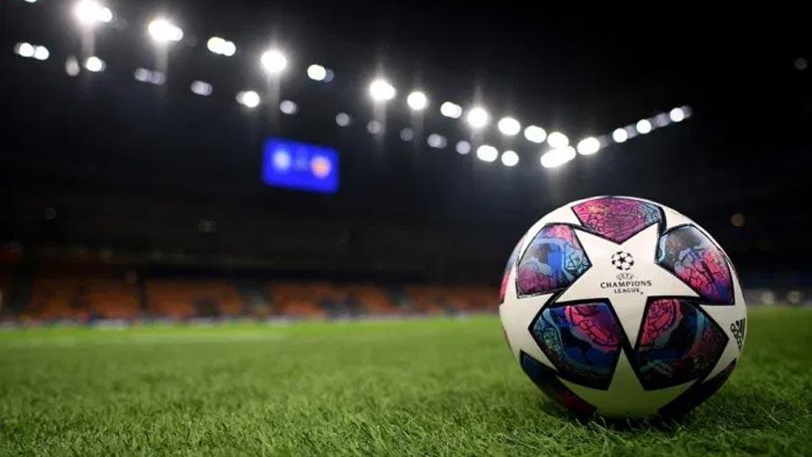 British football suspended until Apr 3
