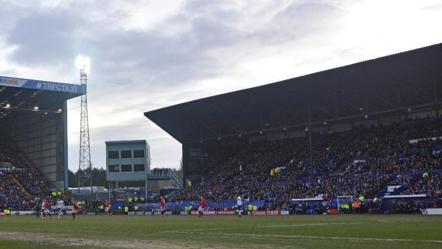 English football extends shutdown till Apr 30