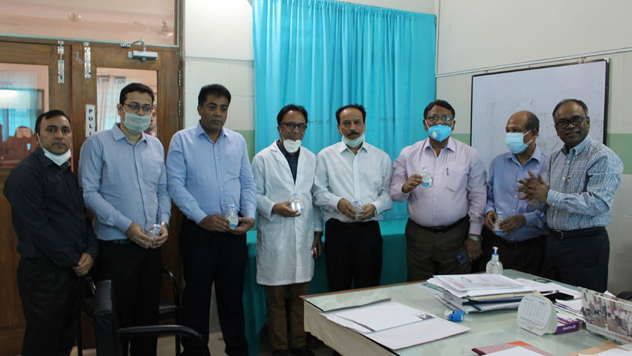 PRAN-RFL Group gives surgical mask and hand sanitizer to three hospitals