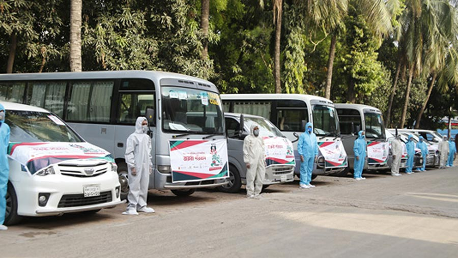 Free transport service for doctors, nurses launched